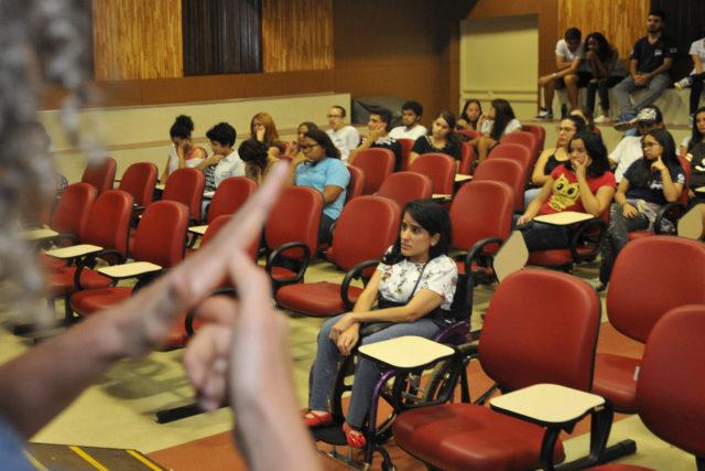 cil promove atividades de conscientização sobre educação inclusiva.